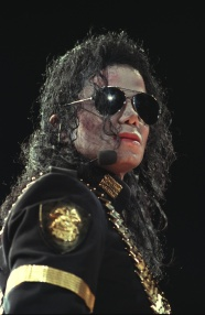 """POP STAR MICHAEL JACKSON IN CONCERT ON & OFF STAGE IN SINGAPORE & TAIWAN. JEFF WERNER WAS ASSIGNED TO FOLLOW JACKSON FOR TWO WEEKS DURING THE SINGER'S LAST SEX SCANDAL BLOW-UP. PHOTOS OF JACKSON FAMILY PRESS CONFERENCE; PLUS OTHER PHOTOS. EXCELLENT CONCERT SHOTS AND CLOSE-UPS OF THE SINGER."""